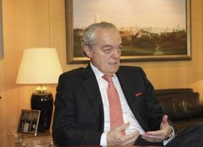 José-Manuel-de-Riva-_-Pte.-AMETIC-3-640x427